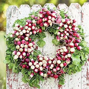 Make a radish wreath