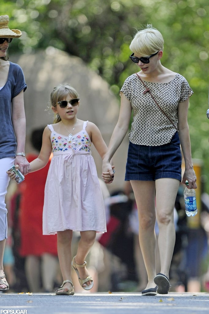 Matilda Ledger and Michelle Williams held hands at the zoo.