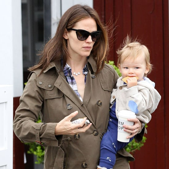 Jennifer Garner Gets Brunch With Samuel in LA | Pictures