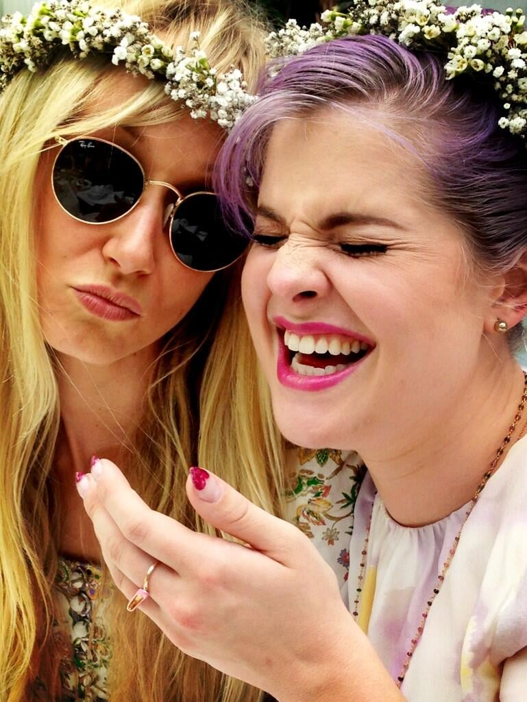 Kelly Osbourne snapped a pic of herself and Kimberly Stewart having a laugh at Kim Kardashian's baby shower. Source: Twitter user MissKellyO
