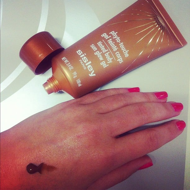 Alison tried a new bronzing body gel — you simply rub it on before you head out, and wash it off when you get home! Too easy.