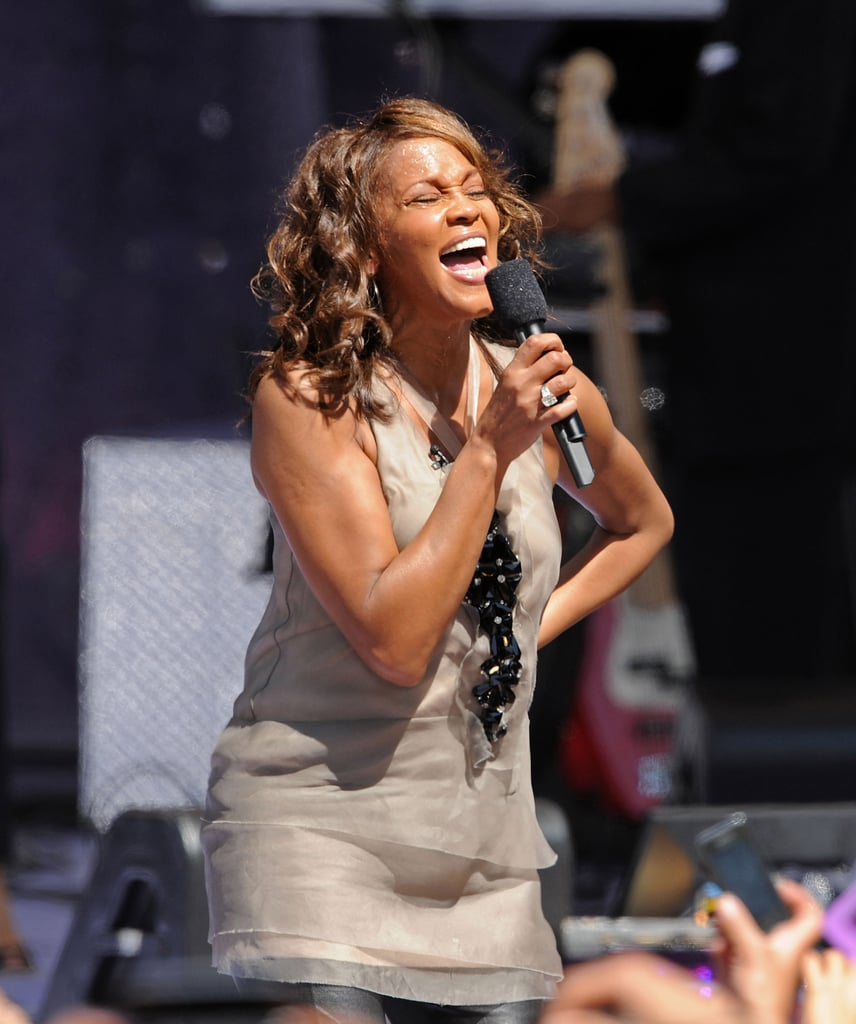 She performed on Good Morning America in 2009.