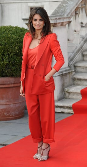 Penelope Cruz Attends London Premiere of Broken Embraces in Red Suit