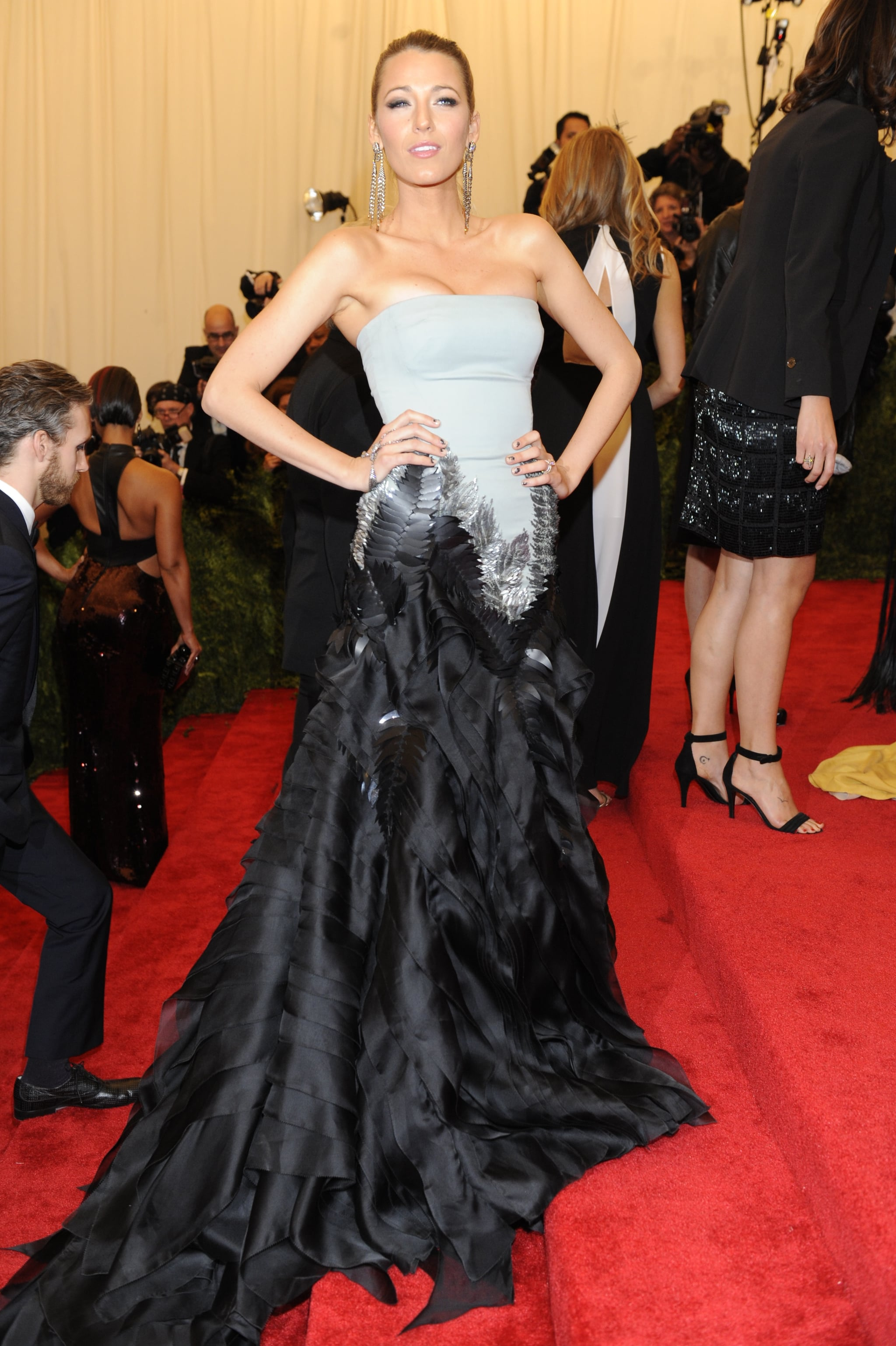 When She Perfected the Punk-Glam Look For the 2013 Met Gala