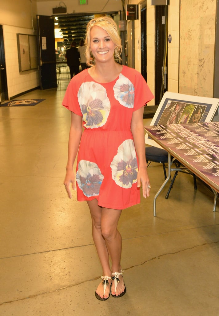 Carrie Underwood went casual backstage.