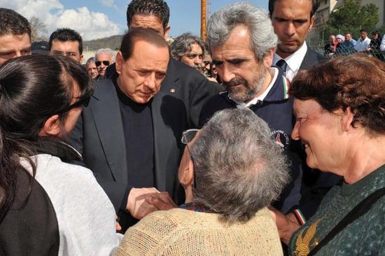 """Berlusconi: Earthquake Like """"Camping Weekend"""""""