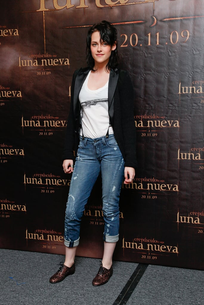 In a Diesel Black Gold jacket and D&G tank for a New Moon photocall in Mexico City.