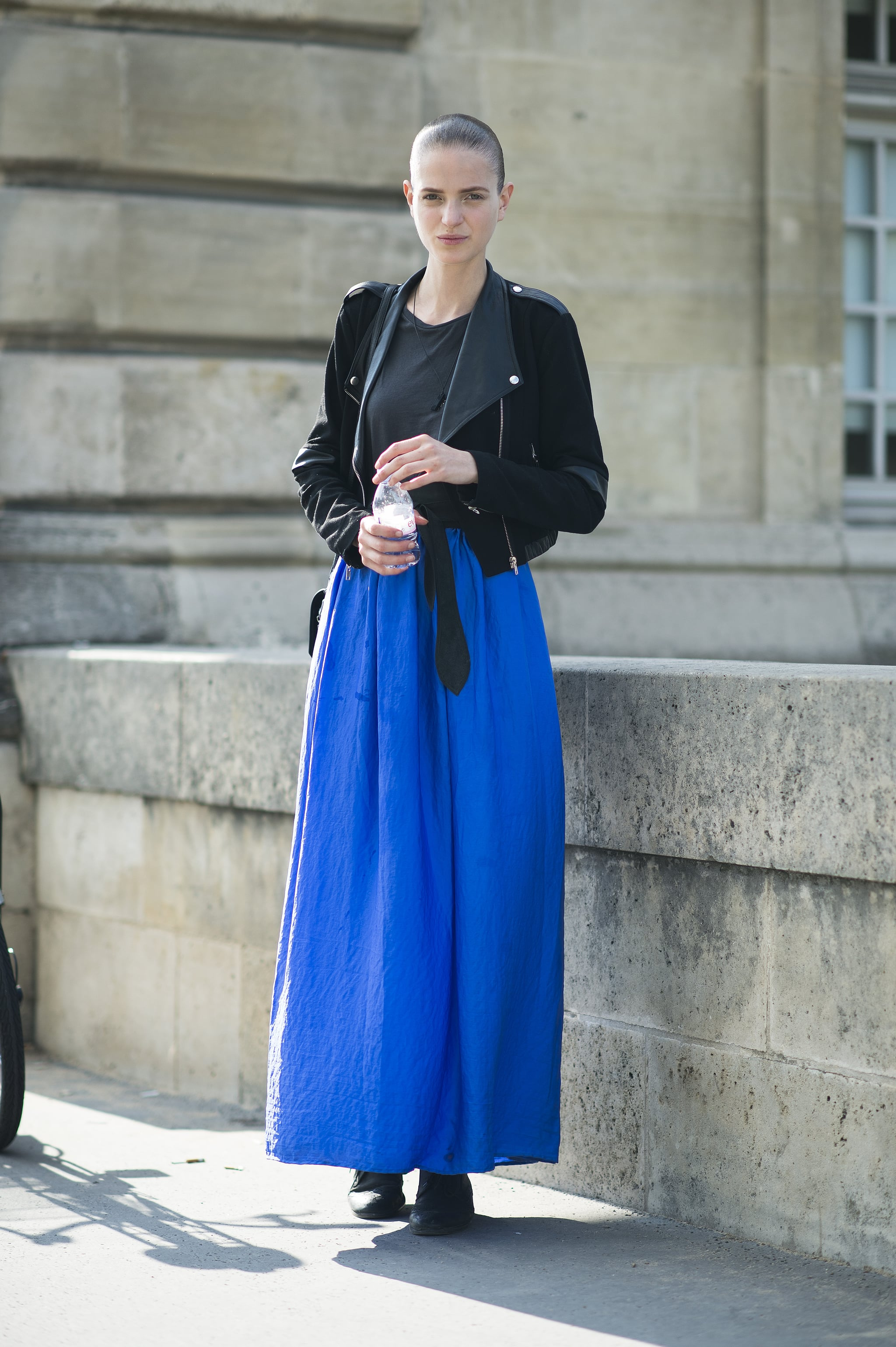 The proof that black and blue were made to wear together. Source: Le 21ème   Adam Katz Sinding