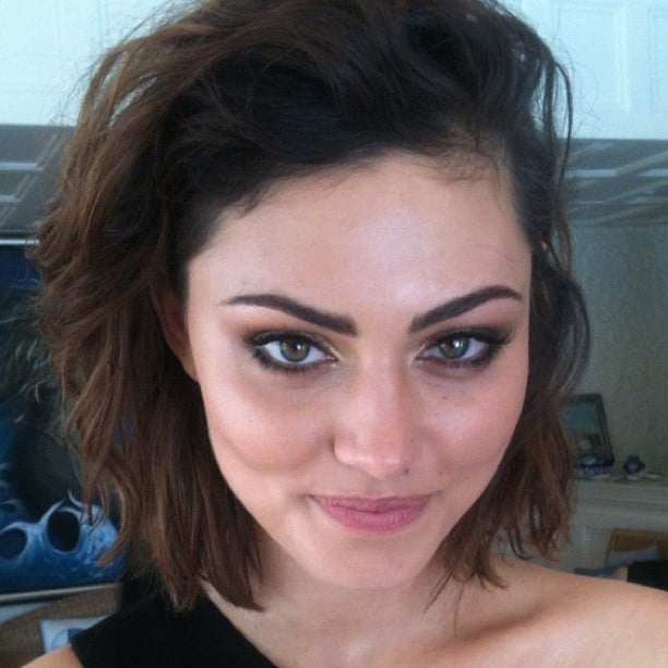 Phoebe Tonkin flashed a coy smile behind the scenes of a CLEO magazine shoot. Source: Instagram user cleofashion