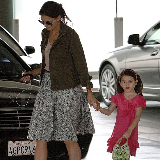 Katie Holmes With Henna Tattoo Out With Suri Cruise Pictures