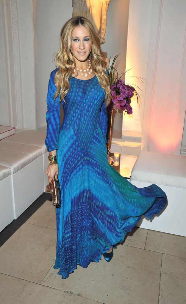 For the UK premiere of Sex and the City 2, Parker covered up in a long-sleeved, ocean-blue maxi dress accessorized with coordinating satin pumps and cascading mermaid waves.