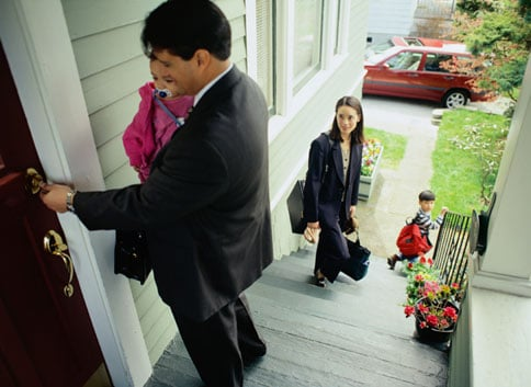 How-To: Nine Steps For Keeping Your Home Safe For the Holidays