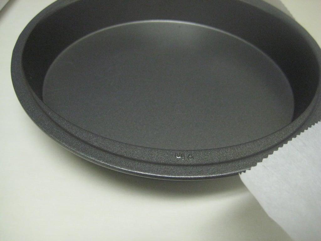 Line Cake Pans With Parchment Paper