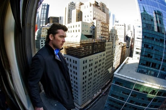 Man on a Ledge Trailer Starring Sam Worthington and Elizabeth Banks