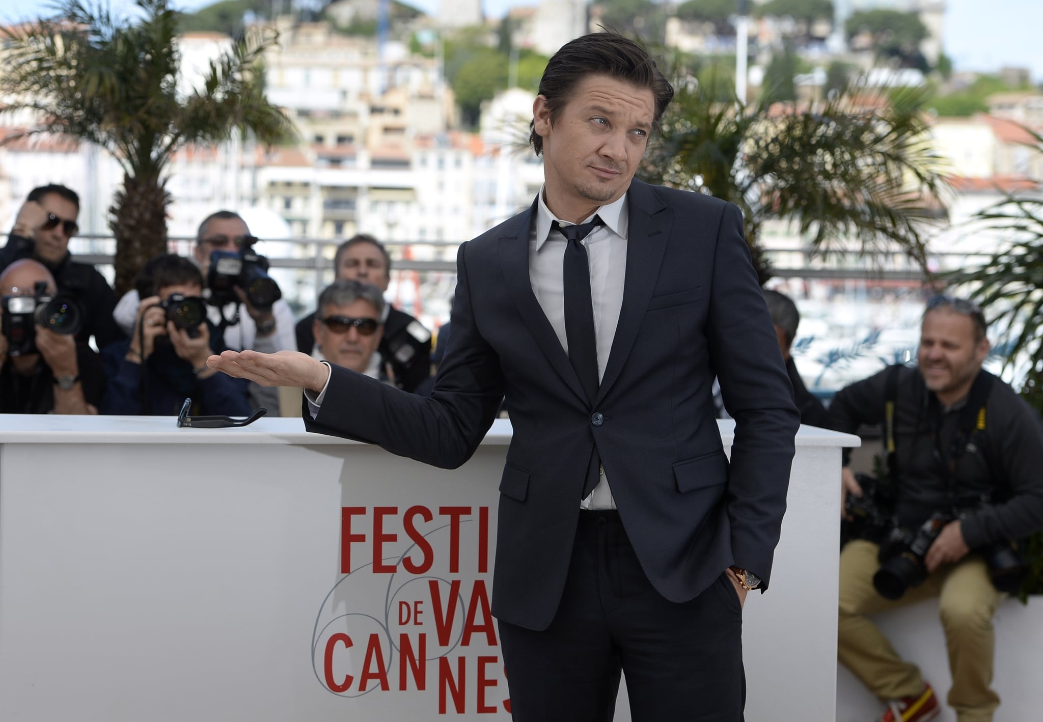 Jeremy Renner joked around during the photocall for The Immigrant in Cannes on Friday.