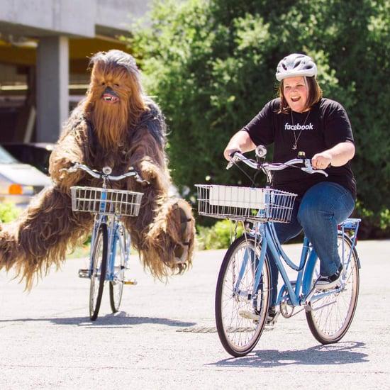 Chewbacca Mum Visits Facebook