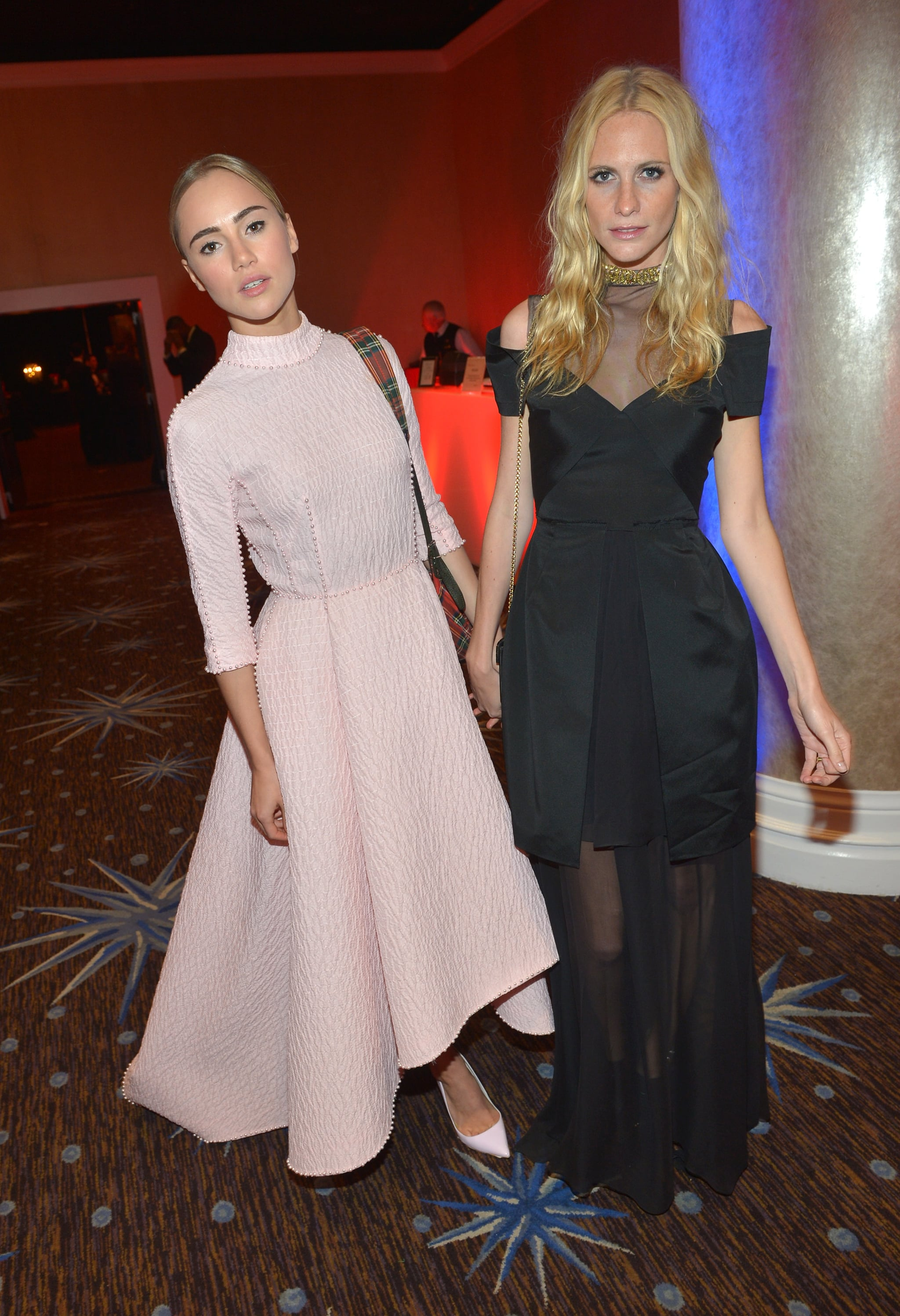 Suki Waterhouse and Poppy Delevingne posed together inside the BAFTA LA Jaguar Britannia Awards.