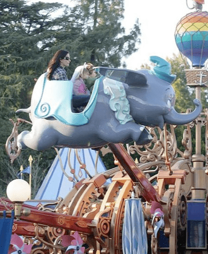 Courteney Cox and David Arquette took little Coco on the Dumbo ride during a trip to Disney in 2008.