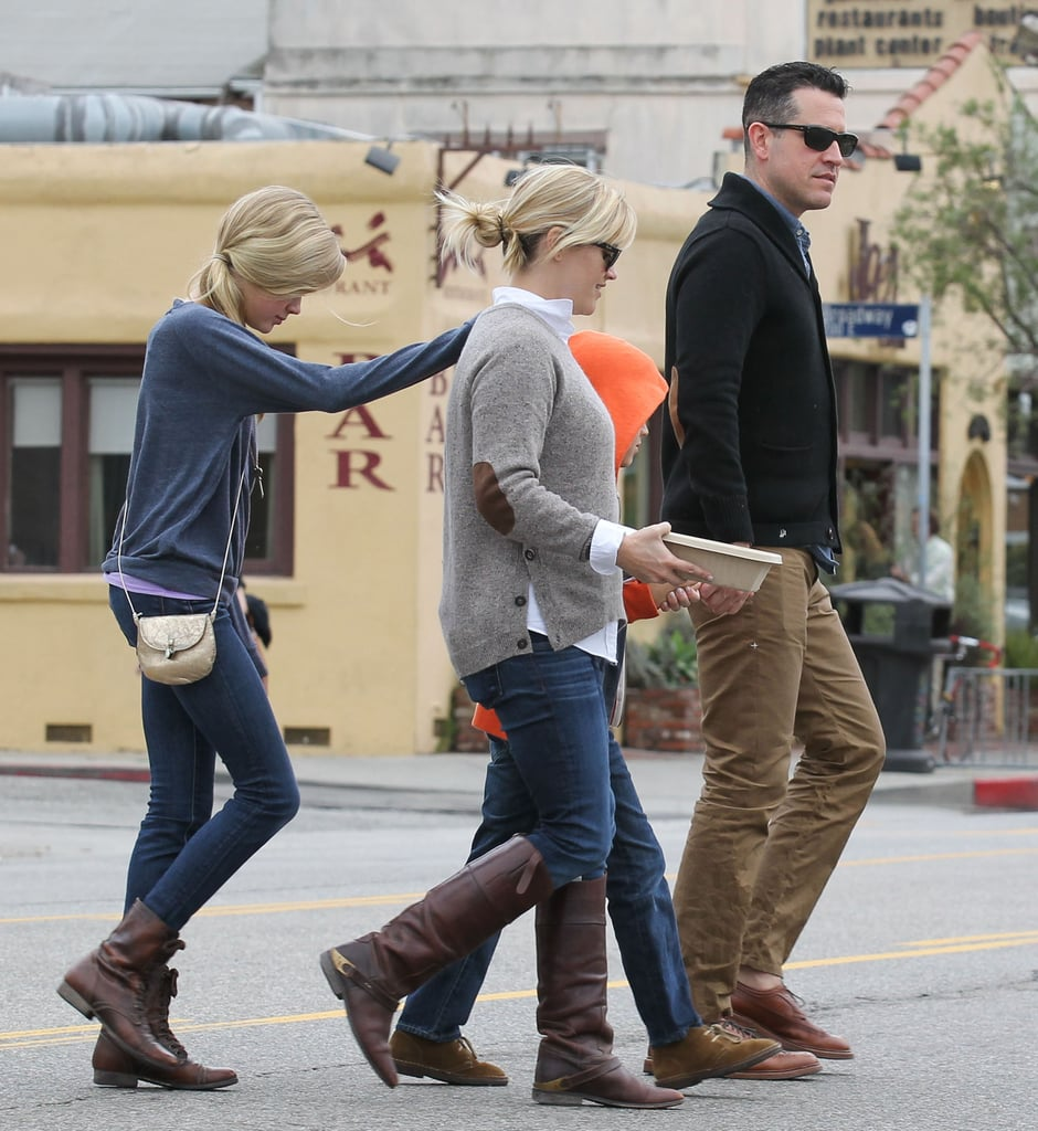 Reese Witherspoon and Jim Tooth took Deacon and Ava out to breakfast.