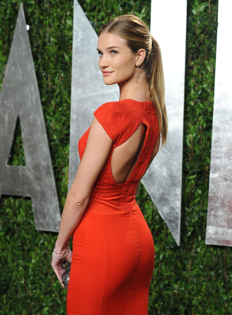 Rosie Huntington-Whiteley's Antonio Berardi dress was form fitting but elegant in the front; when she turned around, you got a sexy glimpse of back.