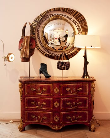 Do You Decorate With Fashion Accessories?