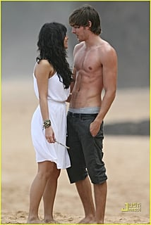 zac efron vanessa hudgens hawaii