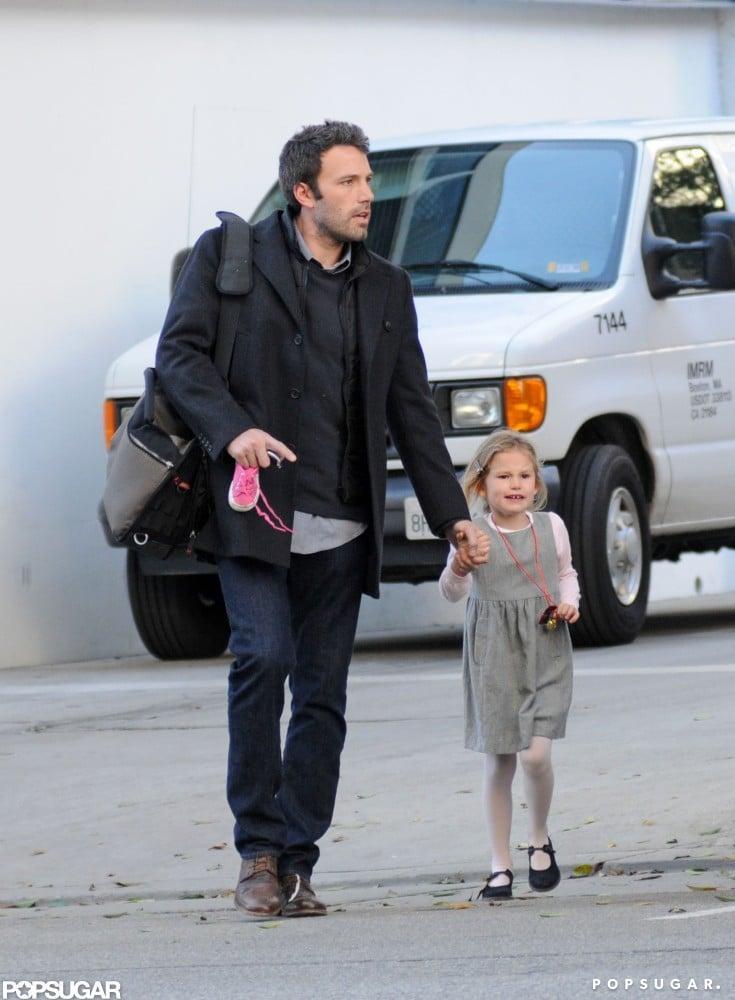 Ben Affleck picked Violet Affleck up from school in LA in December 2010.