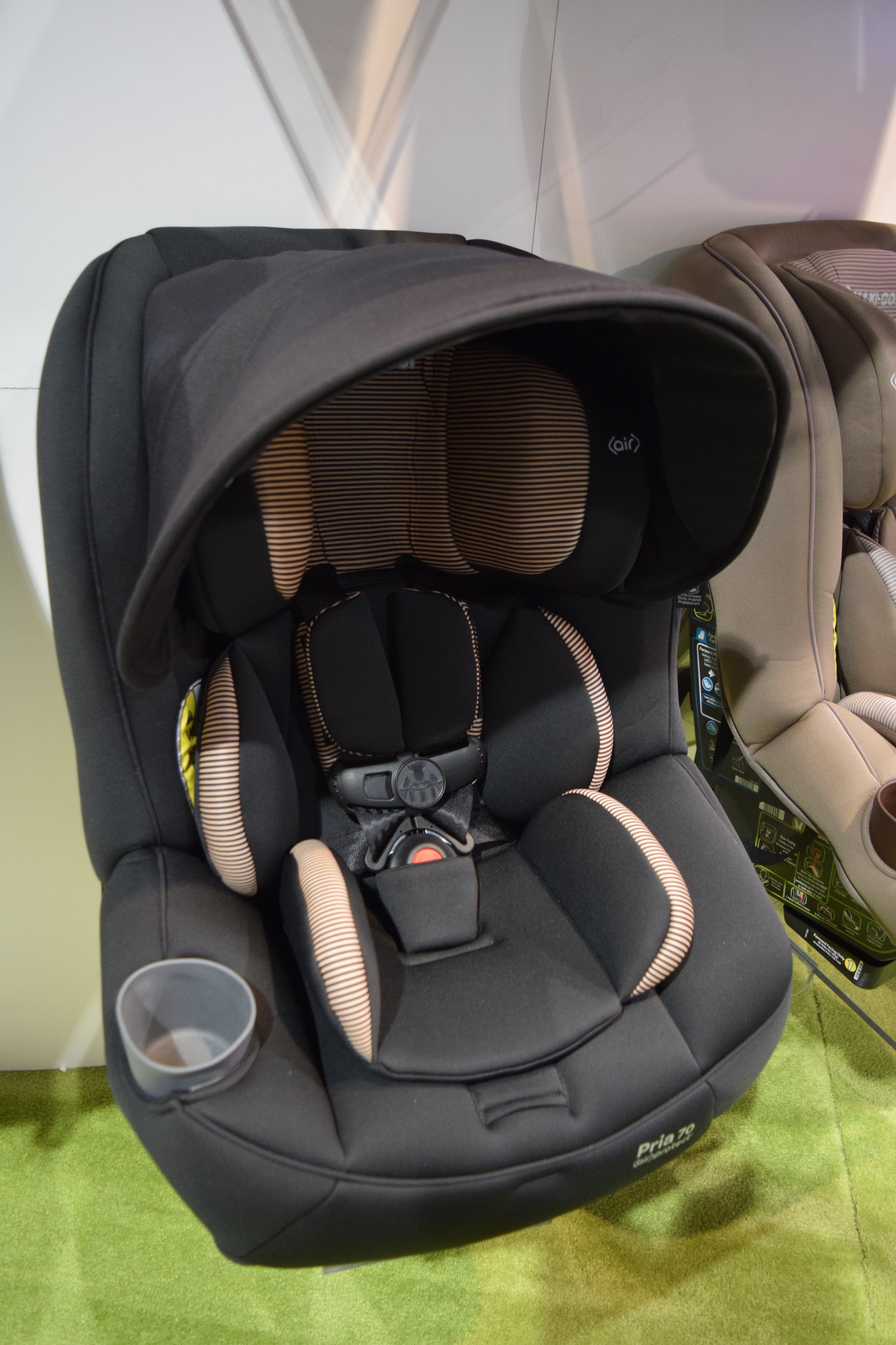 maxi cosi pria 70 convertible car seat 120 new baby and kid products we can 39 t wait to see in. Black Bedroom Furniture Sets. Home Design Ideas