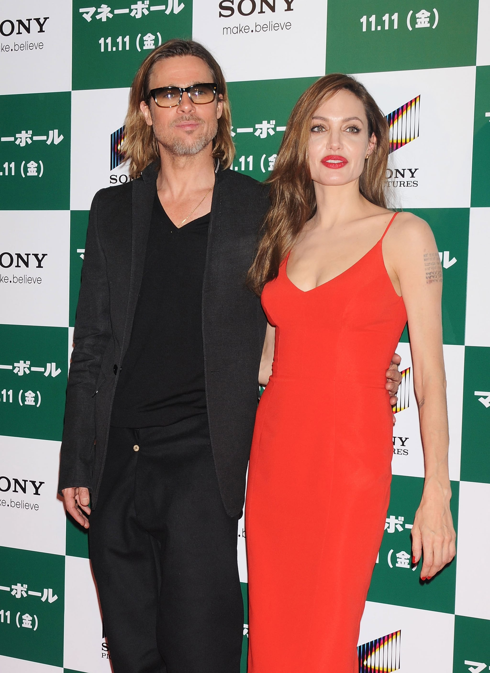 Brad Pitt and Angelina Jolie were effortlessly chic on the red carpet.