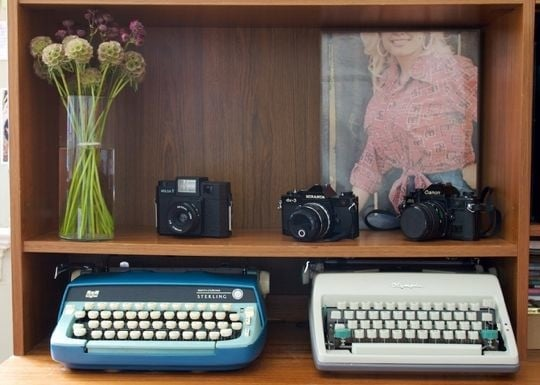 Vintage Geek: A Study in Home Decor