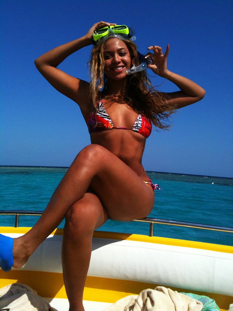 Celebrities: Relax on Yachts
