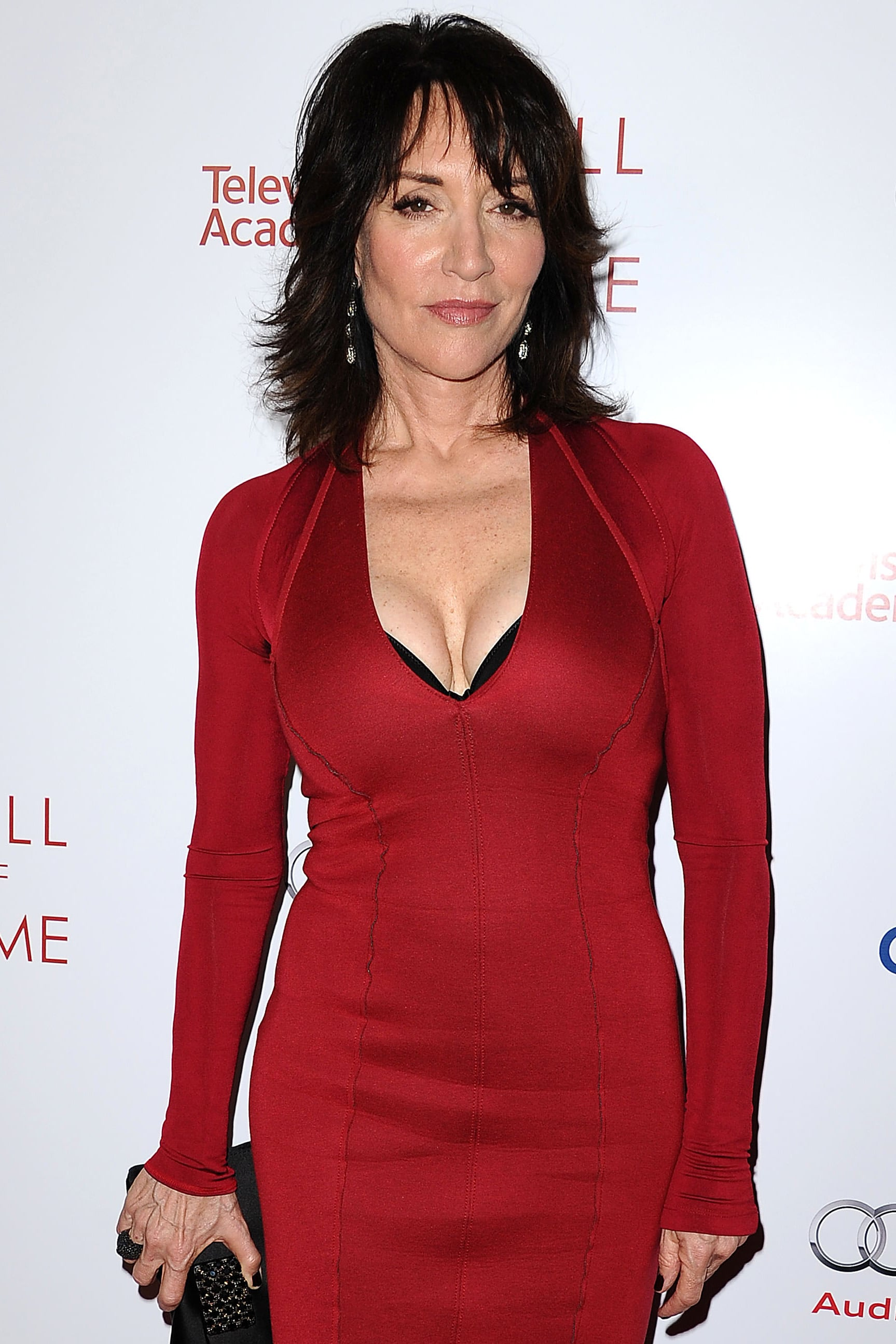 Katey Sagal joined Pitch Perfect 2 as the mother of Hailee Steinfeld's character.