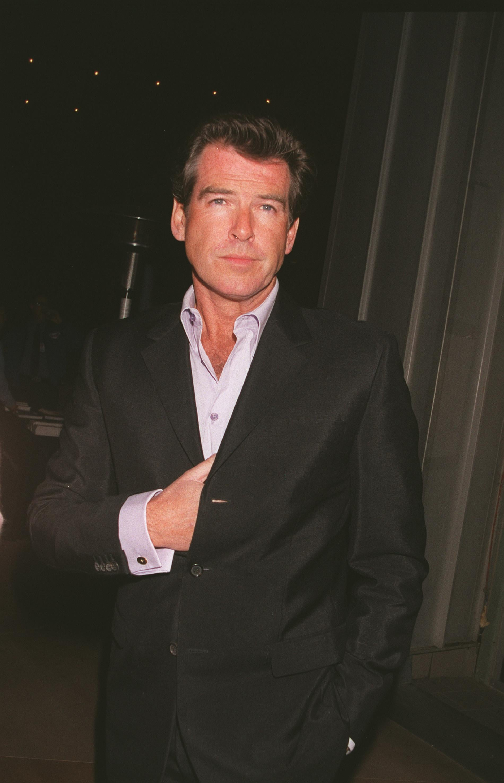 Pierce Brosnan, 2001