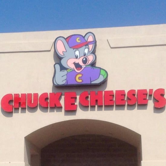 Fight at Chuck E. Cheese's Caught on Video