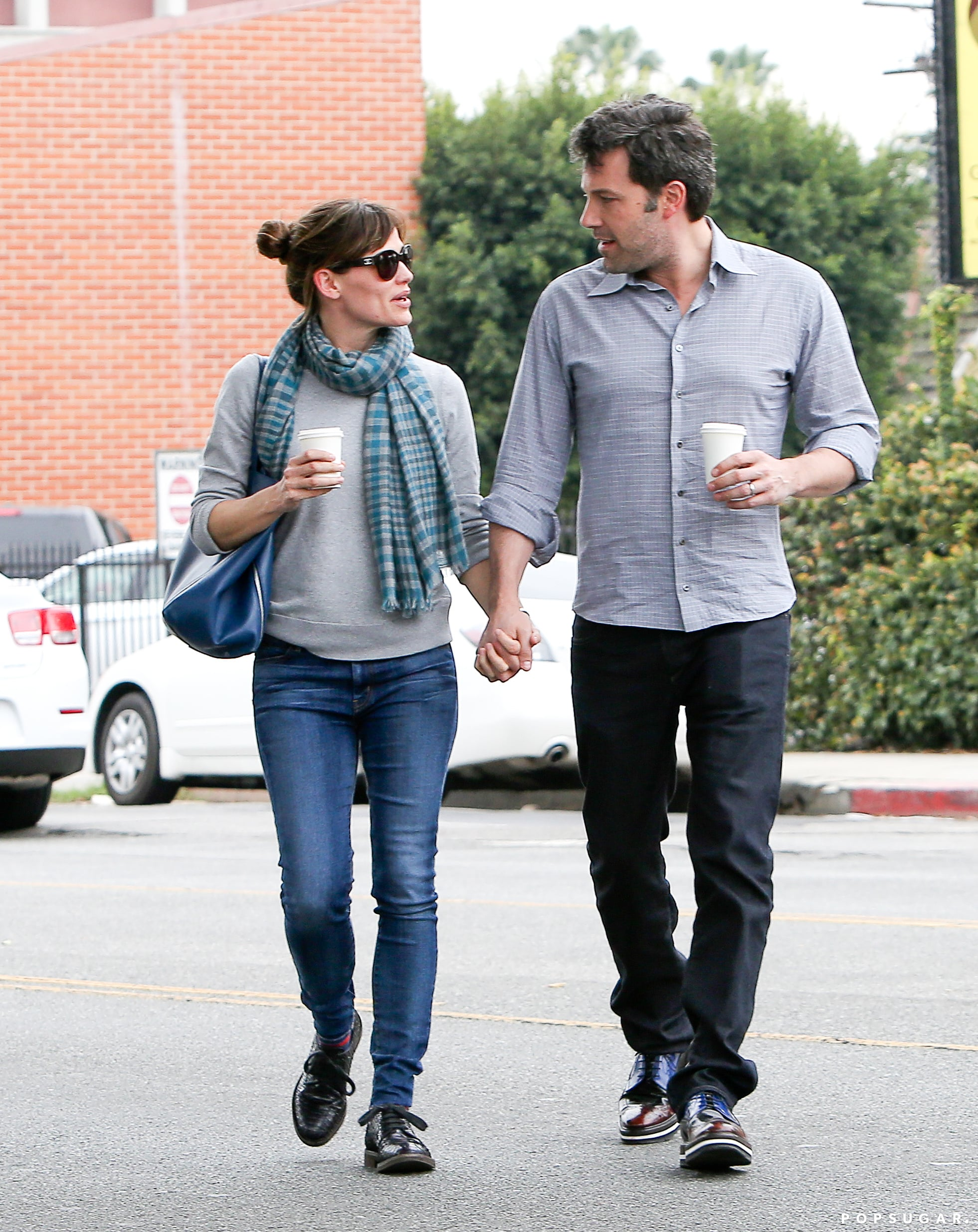 Jennifer Garner and Ben Affleck took a sweet stroll in LA, walking hand in hand.