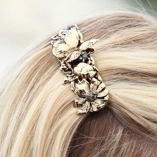 Guess the Cannes Film Festival Accessory 2011-05-19 03:34:36