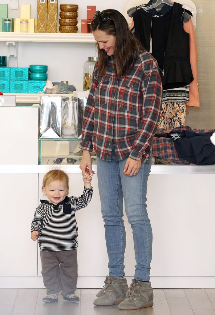 Samuel Affleck was walking around in a Brentwood store in March 2013 with his mom Jennifer Garner.
