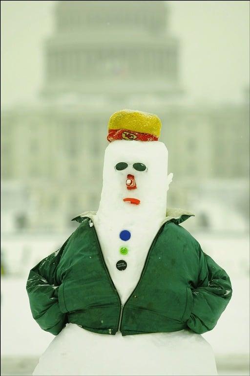 capitol-snowman