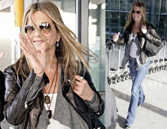 Photos of Jennifer Aniston in London on Thanksgiving