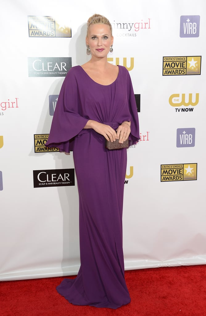 Molly Sims wore her hair up on the red carpet at the Critics' Choice Awards.