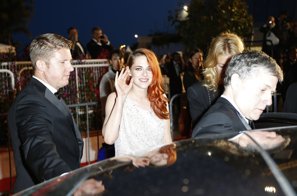 Kristen Stewart waved to fans at the Clouds Of Sils Maria premiere.
