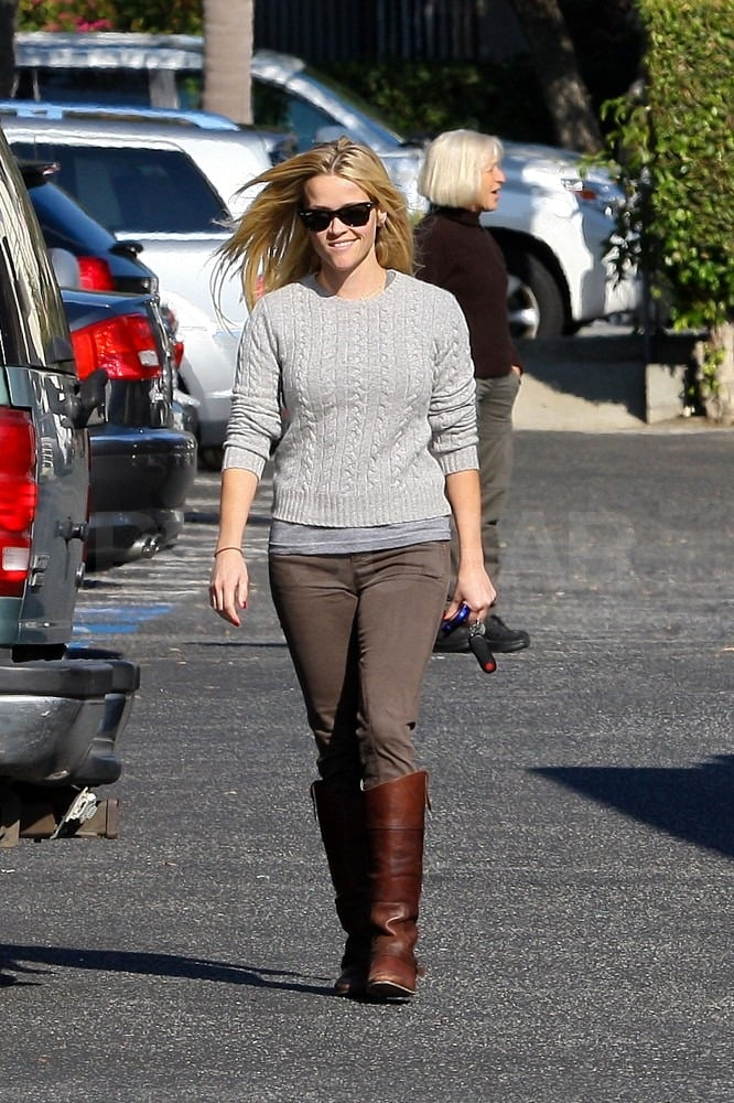 Reese let her blond locks fly freely in the wind.