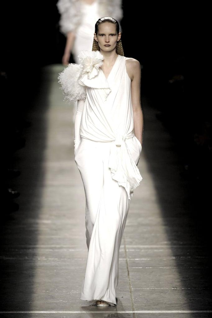 2009 Fall Paris Fashion Week: Givenchy