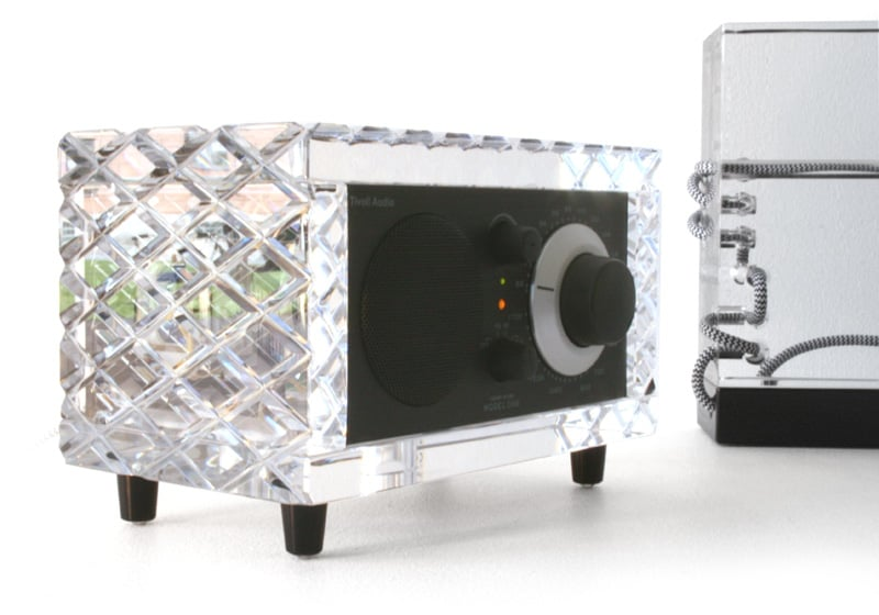 Luxurious Geek: Crystal Tivoli Audio System