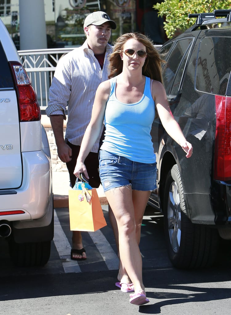 Britney Spears and her new boyfriend went to a tanning salon together in LA.
