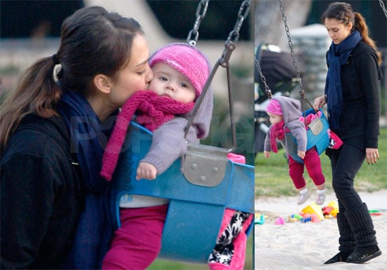 Photos of Jessica Alba and Honor Warren Swinging in the Park