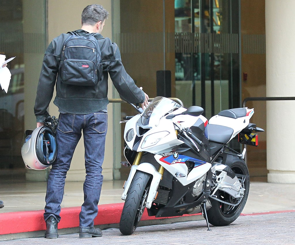 Ben Rocks His Leather as Jen Wraps Up a Weekend With Their Girls