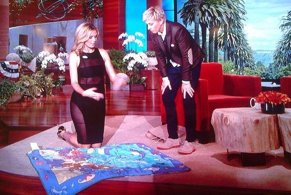 Heidi Klum and Ellen DeGeneres showed off their voter's pride, both donning stickers when Heidi visited the show. Source: Twitter user heidiklum