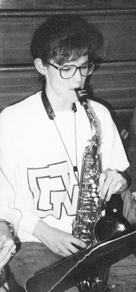 Jennifer Garner rocked bangs and played the saxophone.