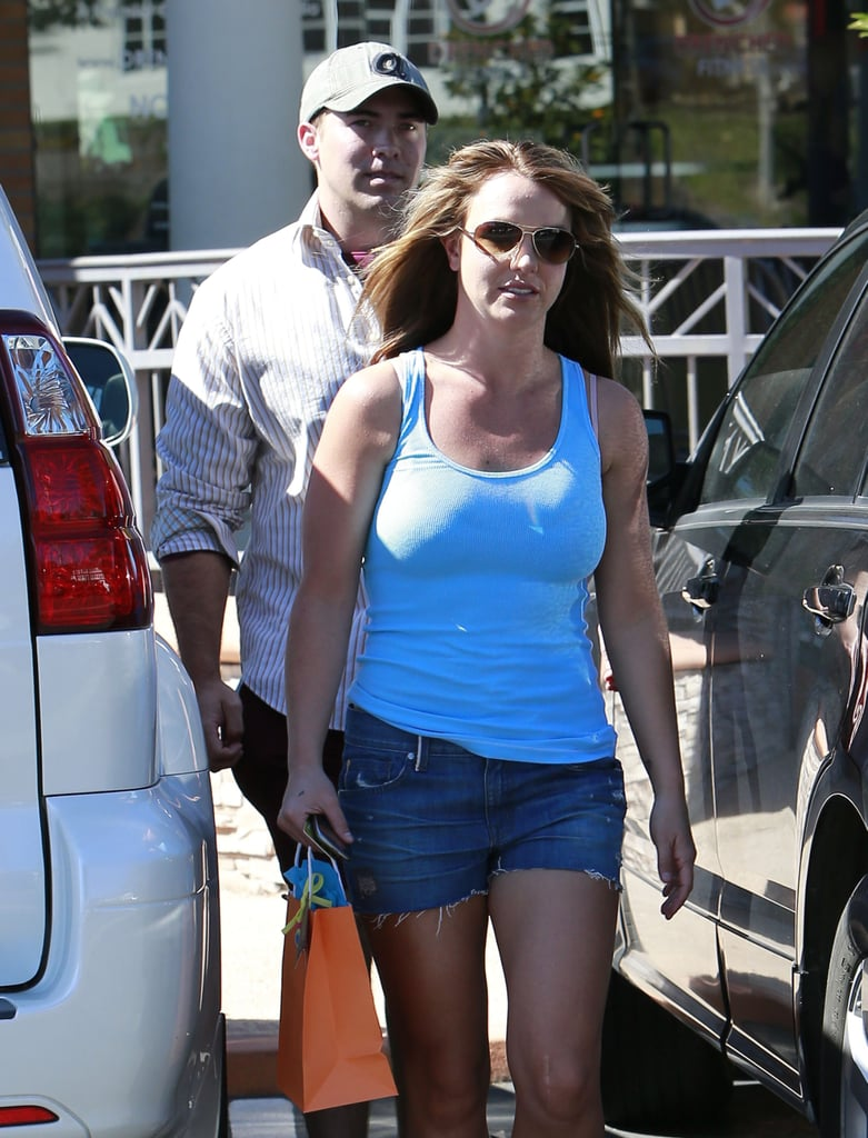 Britney Spears Gets Sun With Her Rumored New Man